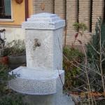 Fontana in Pietra Locale (ARREDO URBANO)